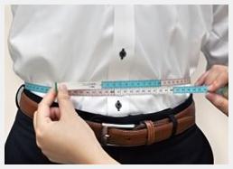 スーツやジャケットのサイズの測り方